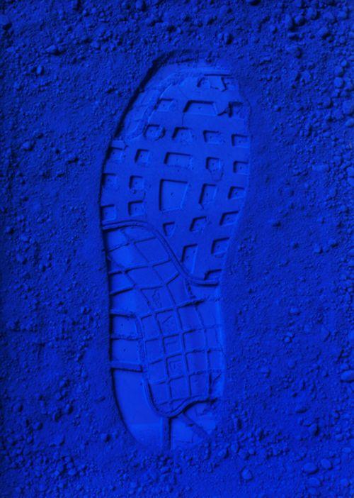 La huella azul.