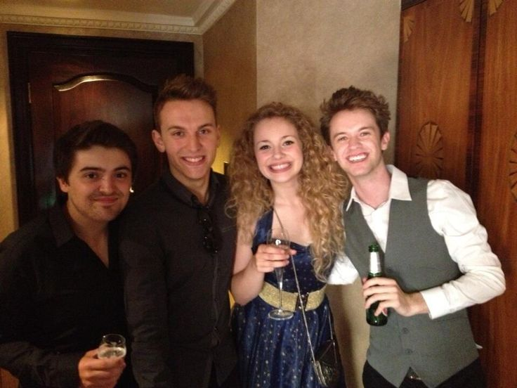 alex day and carrie fletcher relationship