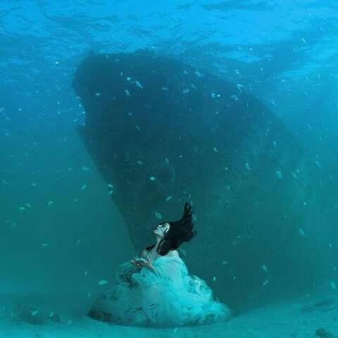 Barco en la profundidad