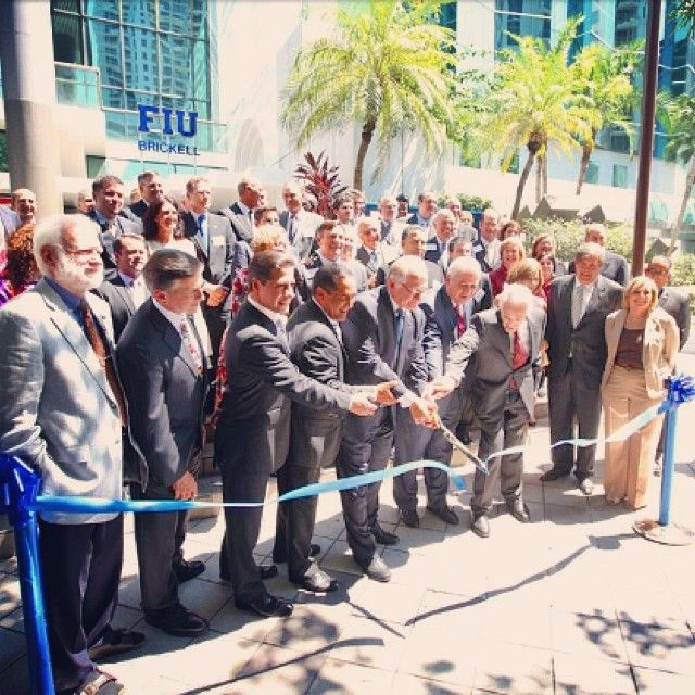 #tbt the day we opened our doors at FIU Downtown on Brickell in September 2011. #FIUthrowback #ThrowbackThursday #FIUBusiness #Brickell #FIUMBA #FIUPride #BusinessSchool