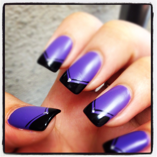 Matte purple and black ( by: Tina D.)Beautyful Nails, Nails Art, Nails Design, Fun Nails, Hair Nails Makeup, Nails Fun, Fingers To Nails, Fancy Nails, Cutenails Makeupideas