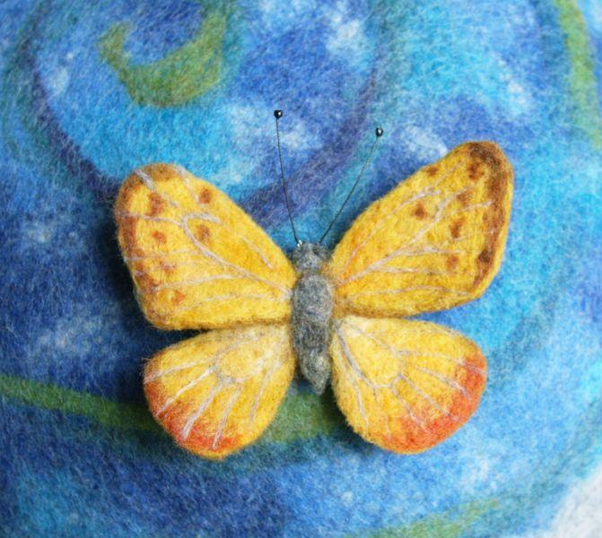 Broszka motyl- Phoebis philea w Pawie Oczko - pracownia filcu na DaWanda.com