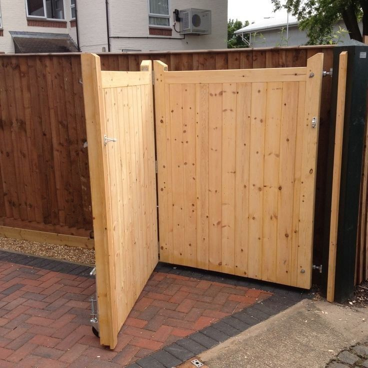 Modern Design 1000 In 2020 Wooden Gates Driveway Driveway Gate Diy Backyard Gates