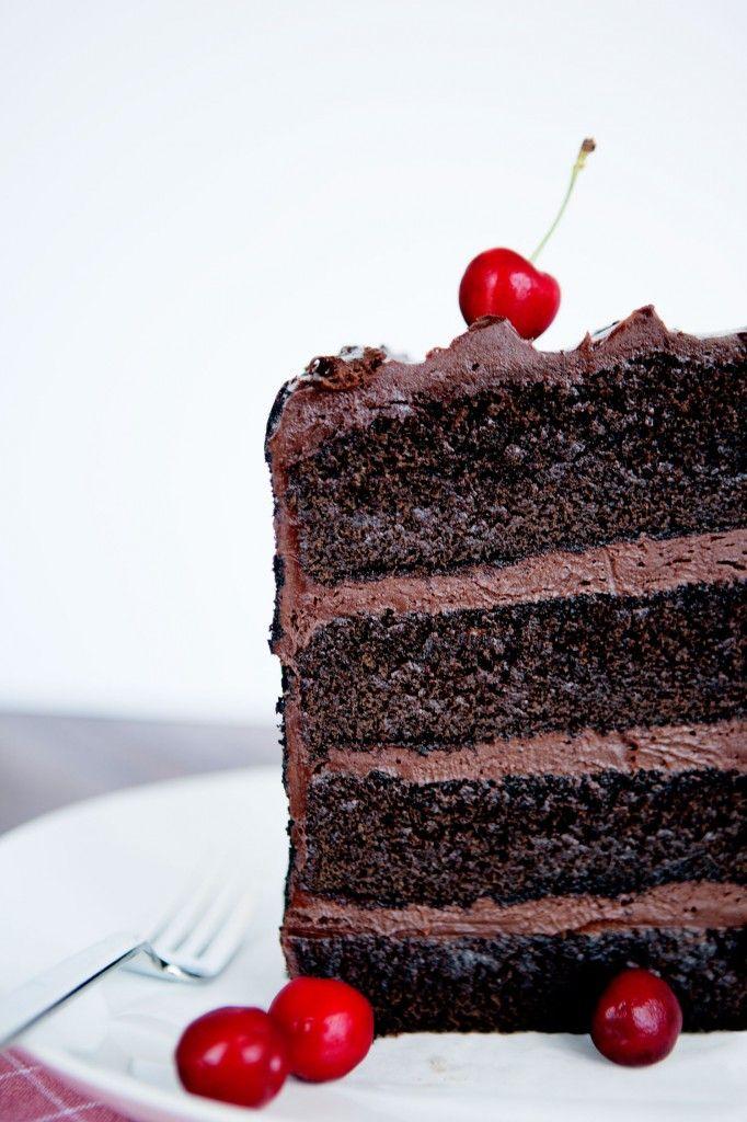 Photo Critique Request – Giant Cake