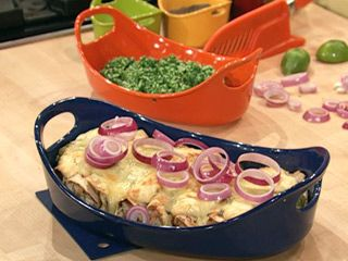 Rachel Ray's Enchiladas Suizas. I must try this.