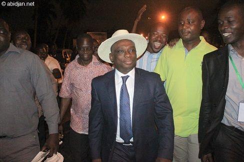 C'est officiel, le président de la Jeunesse du parti démocratique de Côte d'Ivoire (Jpdci), Kouadio Konan Bertin dit KKB, qui avait fait savoir sa volonté de briguer le poste de président de son parti, s'est acquitté, ce vendredi de sa caution de 18 millions de Fcfa. L'attestation de quittance sig