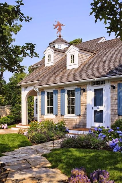 Oltre 25 fantastiche idee su modelli di case in campagna for Piani casa cottage acadian