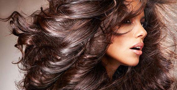Просмотров: 0    Пышные и густые волосы – обязательный атрибут женской красоты, причем признанный абсолютно у всех народов и во все времена. Даже на современных конкурсах красоты мирового масштаба невозможно увидеть участниц с «жиденькими» шевелюрами – напротив, все гордо потряхивают густыми «гривами». «Как сделать волосы густыми?»— этот вопрос не дает покоя всем, кто заботится [...]