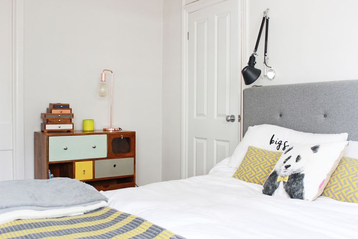 Zoella | Beauty, Fashion & Lifestyle Blog: Interiors | Bedroom Snippets