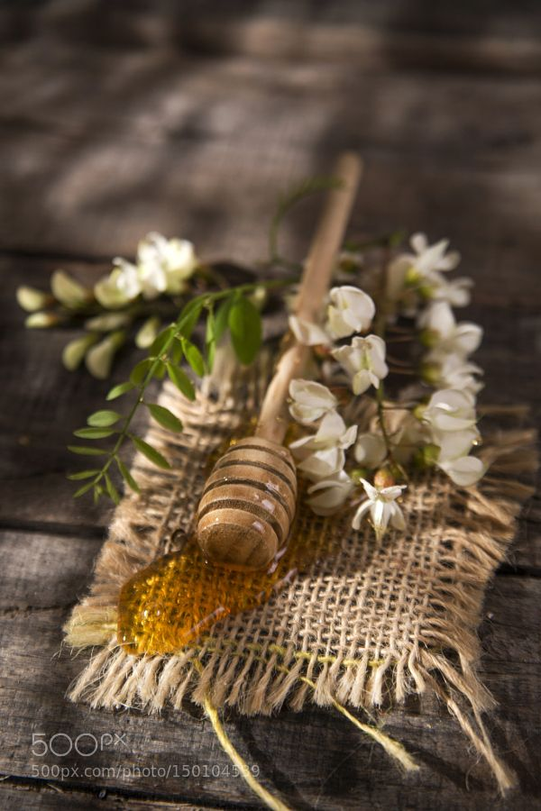 Pic: Acacia honey