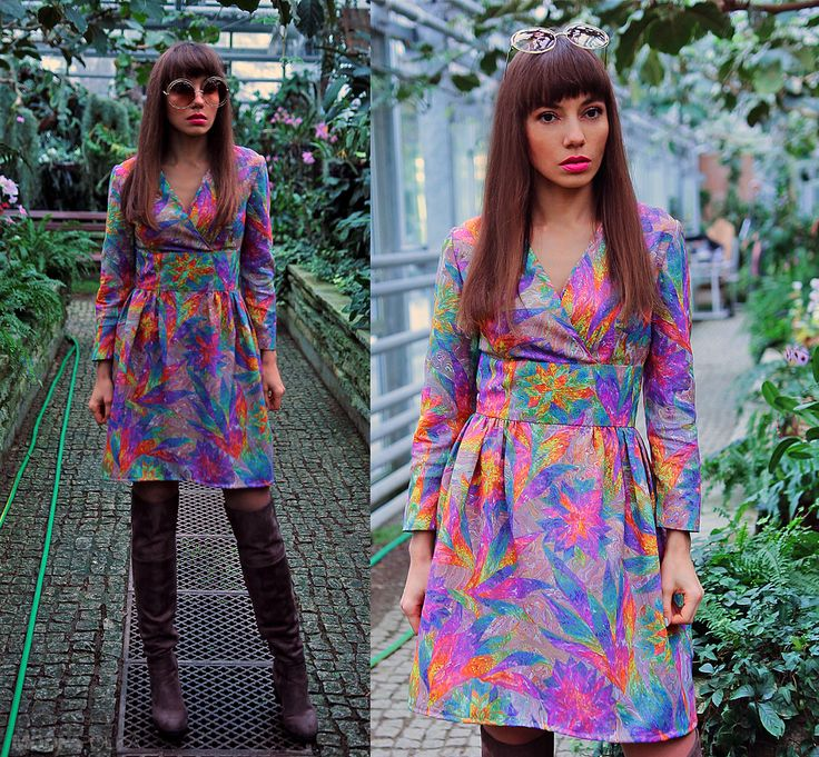outfit in seventies style, vintage dress and big, round sunglasses: https://jointyicroissanty.blogspot.com/2017/01/vintage-dress.html  #fashion #moda #ootd #fashionblogger #seventies #seventiesstyle #vintage