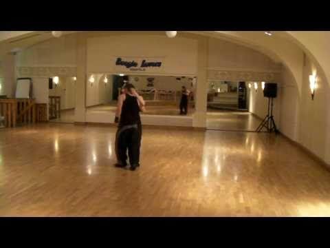 Foxtrott dance drop - YouTube