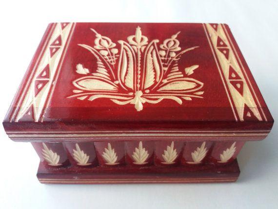 Rode houten puzzel box, goocheldoos, speciale sieraden doos, wizard mysterie vak, geheime vak, lastig vak, gesneden houten kist, perfecte gift, houten speelgoed