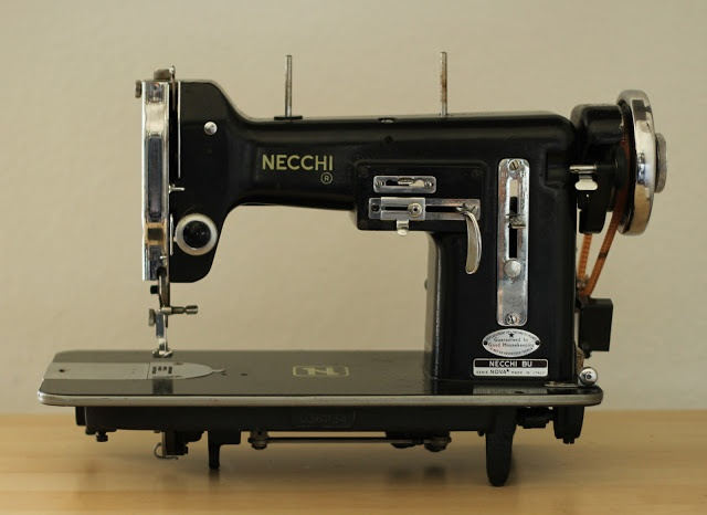 102 best sewing and things images on pinterest sewing for Macchina da cucire salmoiraghi 133
