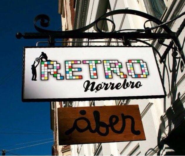 Retro Nørrebro i Jægersborggade. Non Profit cafe med hundredevis af spil, bløde møbler og hyggelig stemning og musik