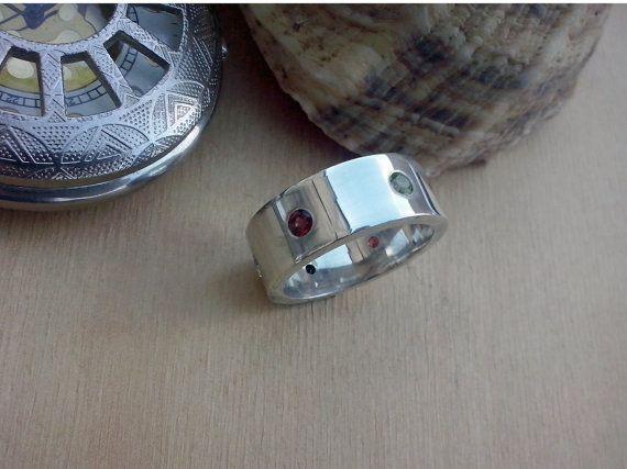 Handmade Ring  whit Garnet Peridot Topaz and sterling by TommyDark