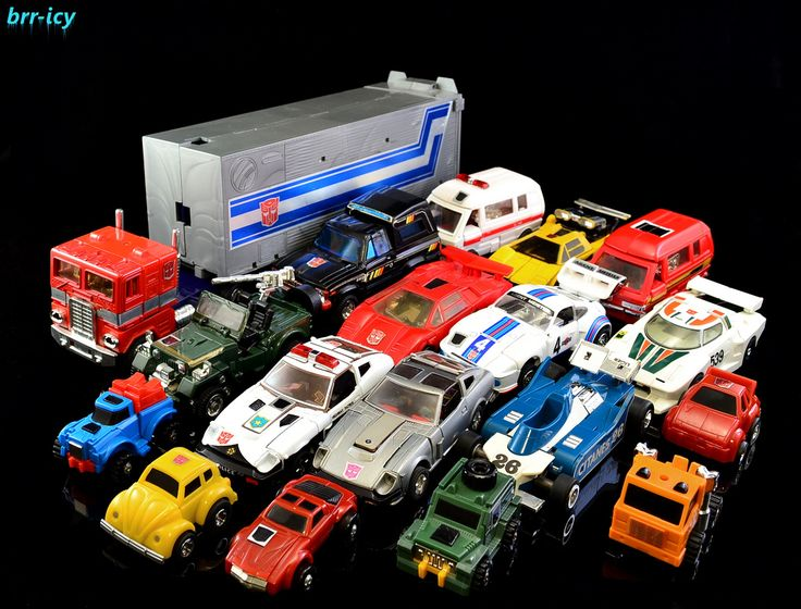 Transformers G1 1984 Autobots OMG so much want! I had a few of these but man, this rocks!