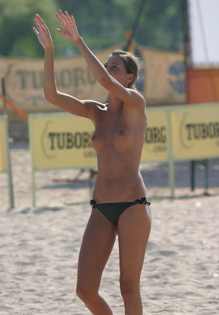 Topless ebony volleyball video — photo 7