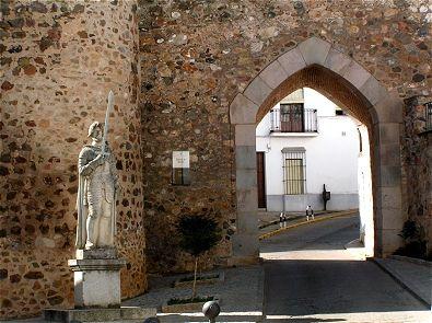 Jerez de los Caballeros. Puerta de Burgos