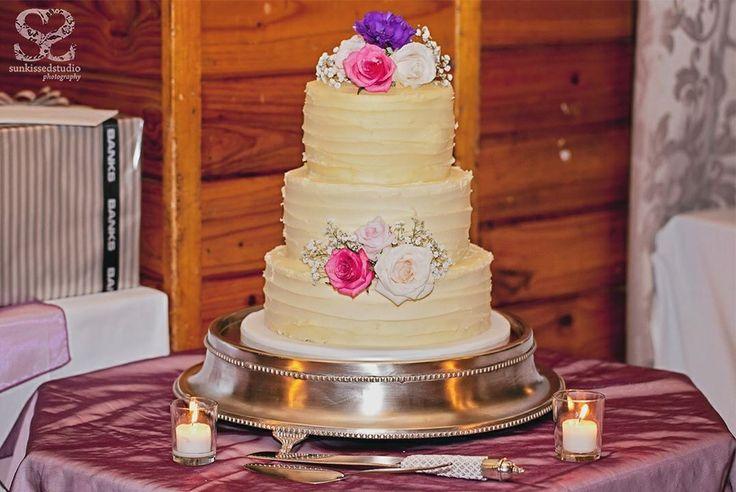Sarah & Simon's wedding cake