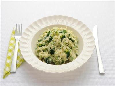 MAGGI > Recept > Broccolistamppot met kaas