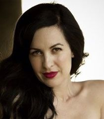 Grey DeLisle- voice actress