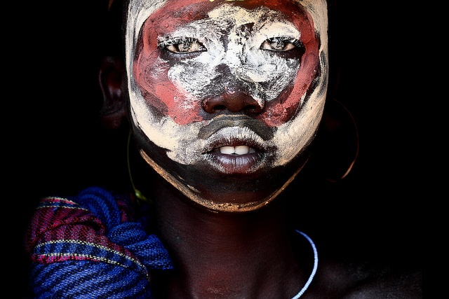 facial painting surma boy / sudan by abgefahren2004, via Flickr