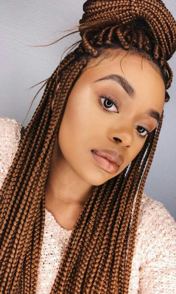 Flechtenhaaroptionen für schwarze Frauen