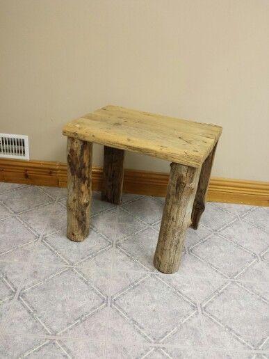 Table rustique en bois de granges