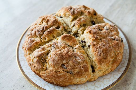 Quick and easy Irish soda bread recipe with flour, baking soda, salt, buttermilk, raisins, an egg, and a touch of sugar.