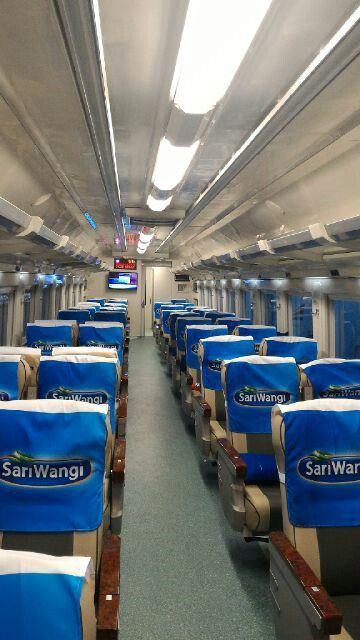 Kereta Argo Anggrek Relasi Jakarta - Surabaya Pasar Turi