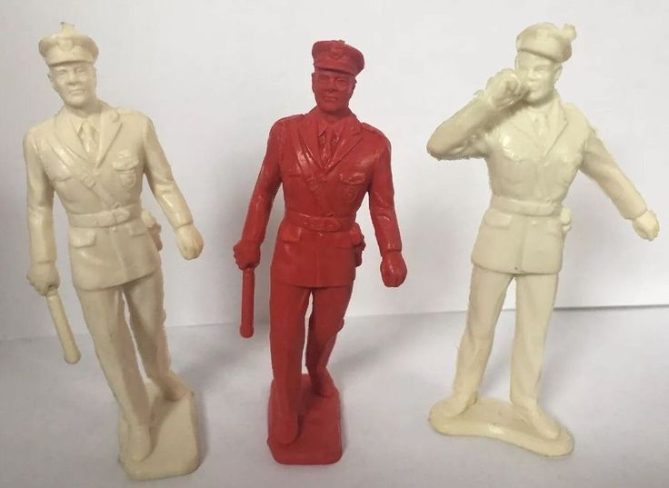 3 Vintage Plastic Toy Soldiers Made In USA Red And White    eBay