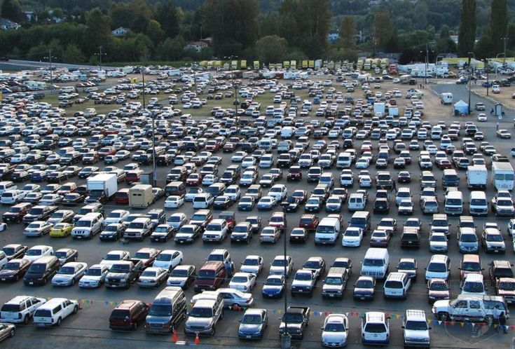 Reserve a place for vehicle at Park and Jet parking lot near the International Airport of Philadelphia for daily and long term basis services for people connivance.