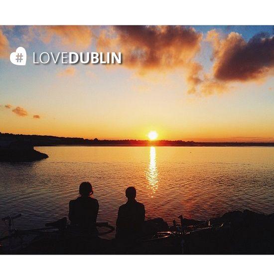 Nothing beats an autumnal sunset over Dublin Bay, glorious! Thanks @carolineconrado #LoveDublin