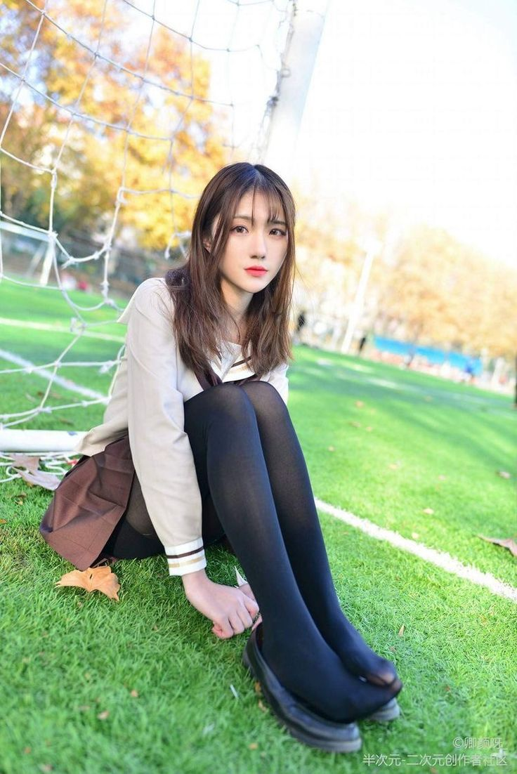 Japanese girl in tights 9