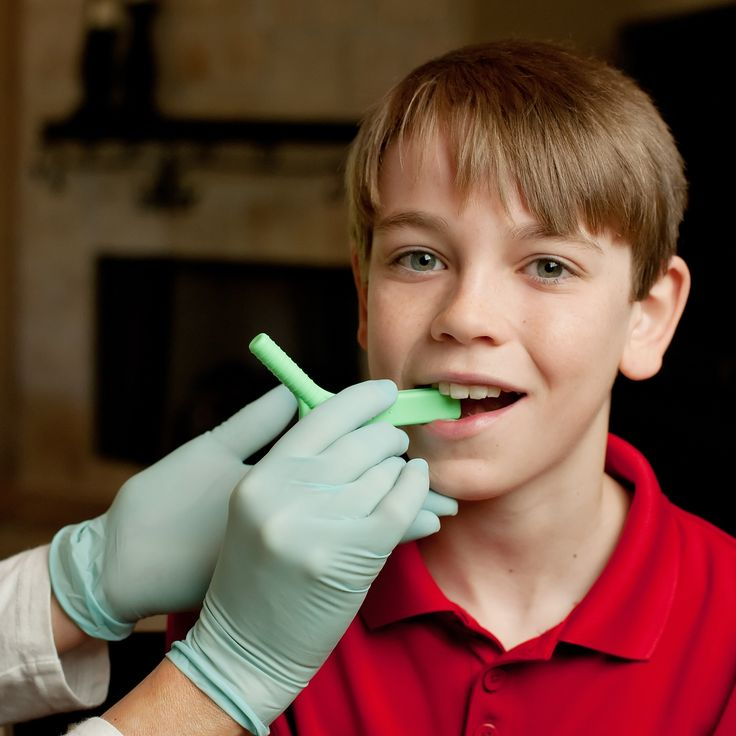 How to Teach Biting and Chewing Skills.   Visit pinterest.com/arktherapeutic for all of our #feedingtherapy and #oralmotor pins