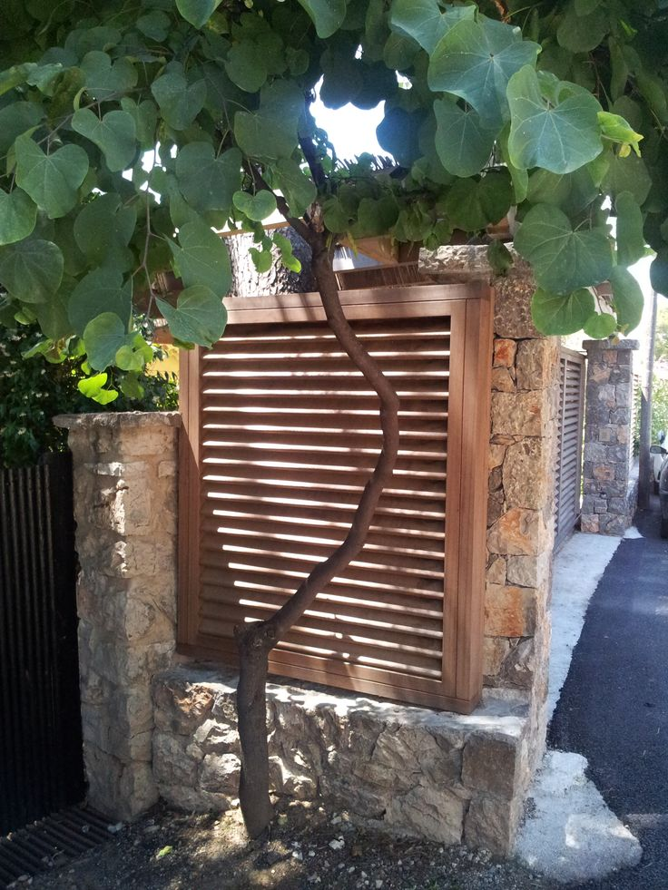 garden fence 1 by Nelumbo Design Cap Ferrat
