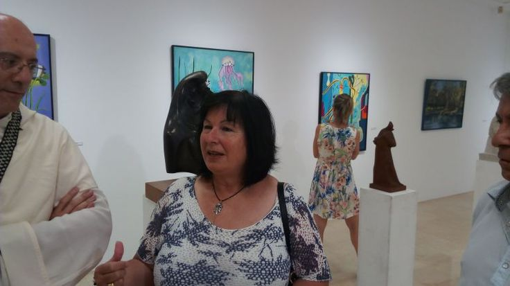 Rosario Palacios en la sala donde se expone su obra