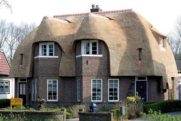 amsterdamse school architectuur in Assen. - Google zoeken