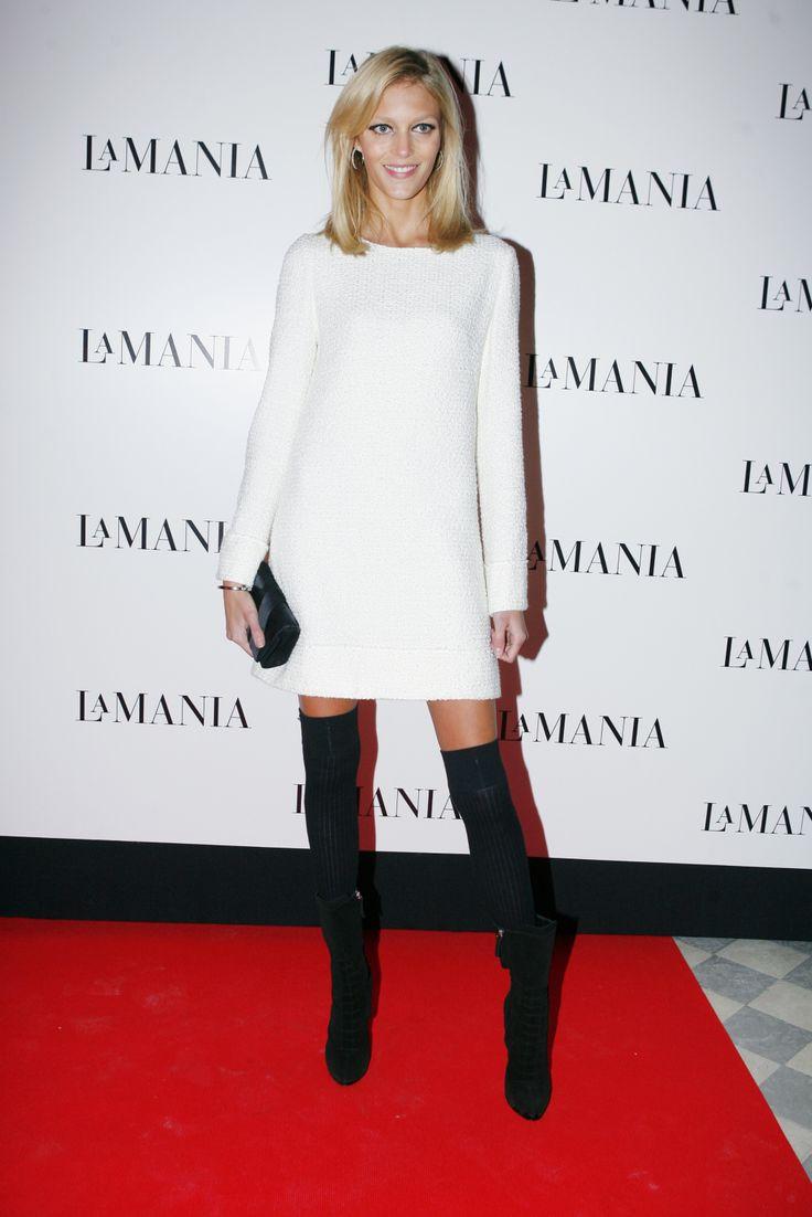 Anja Rubik wearing La Mania's iconic dress