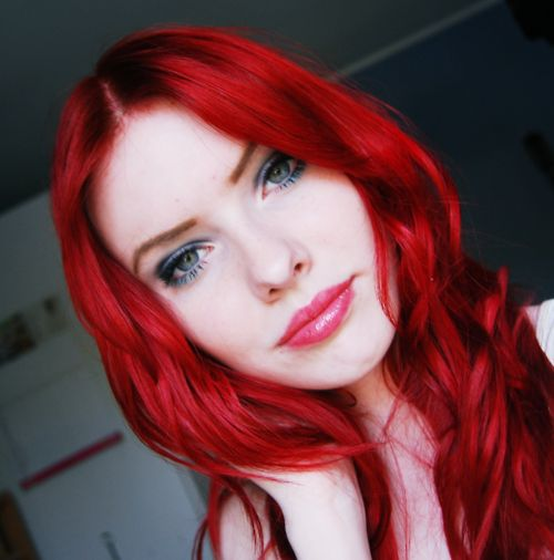 Pin by Sherry Chetakian on I love red hair | Bright red ...