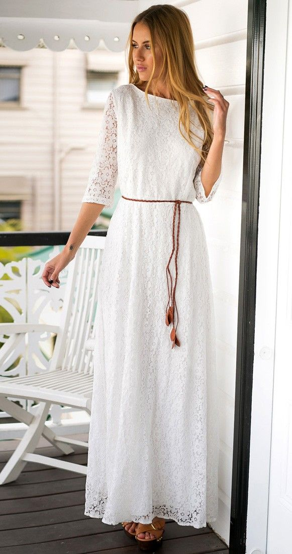This white float dress remindsw of a beach wedding feel