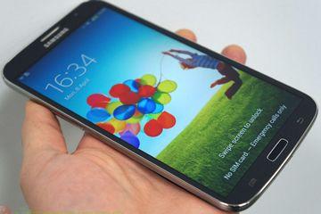 SamsungGalaxyMega Samsung Launches Biggest Galaxy Phones in India