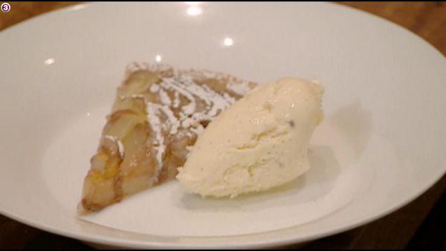 KNIVEN fra STRUBEN: Pæretærte med vaniljeis