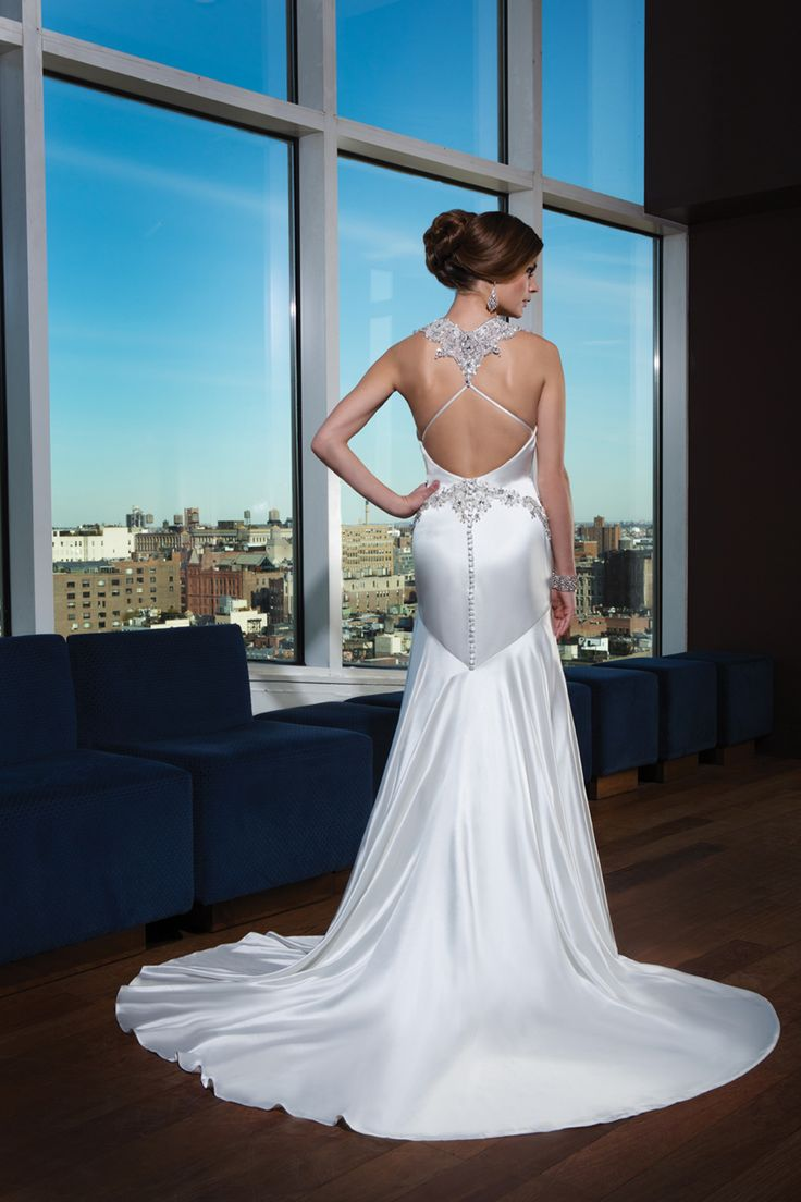 153 best Wedding Gowns images on Pinterest | Homecoming dresses ...