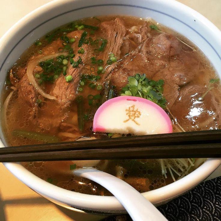 せっかくの肉ツアーなので特製牛骨スープの米澤牛肉ラーメンで今日の一杯 #ラーメン #米沢 #松月