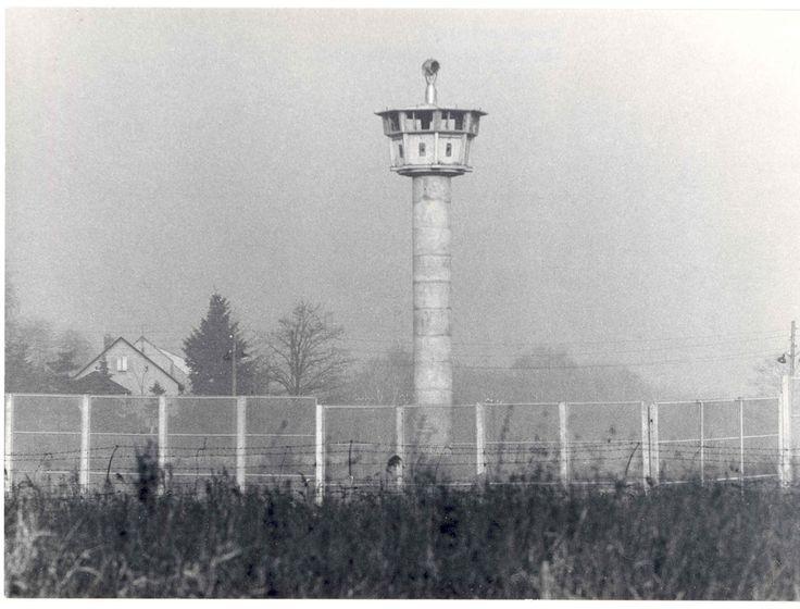 Sperrzaun zur Grenze,Border | Wachturm DDR Grenze 1987 | Flickr