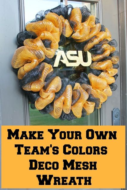 Miss Kopy Kat blog: How to Make a Deco Mesh Ruffle Wreath in team colors (could be adapted for any occasion or holiday however by changing colors of mesh and types of embellishments)