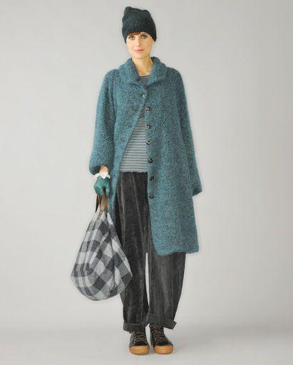 lilith : pretty coat