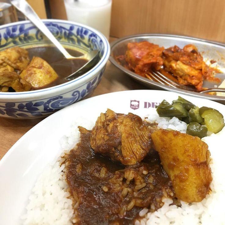 タンドーリチキンセット 今年はじめてなのでちょっと贅沢にしました() #デリー #上野 #カレー #curry #湯島